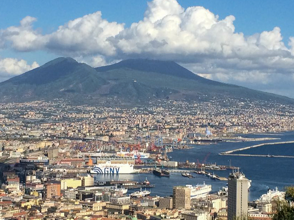 Naples, a city with a magnificent backdrop